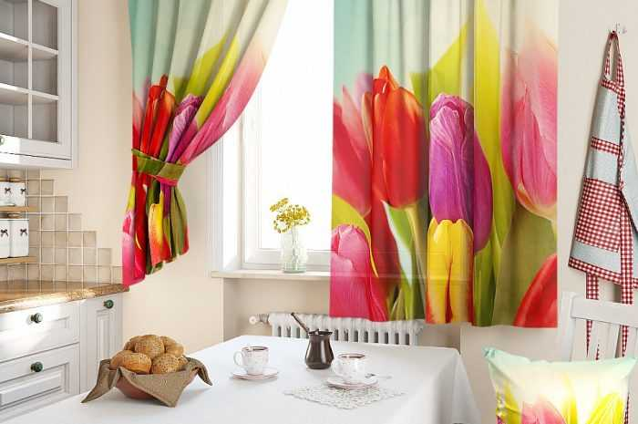 Короткие шторы на кухню — особенности использования коротких штор на маленьких и больших кухнях. Преимущества и недостатки материалов ткани (фото + видео)