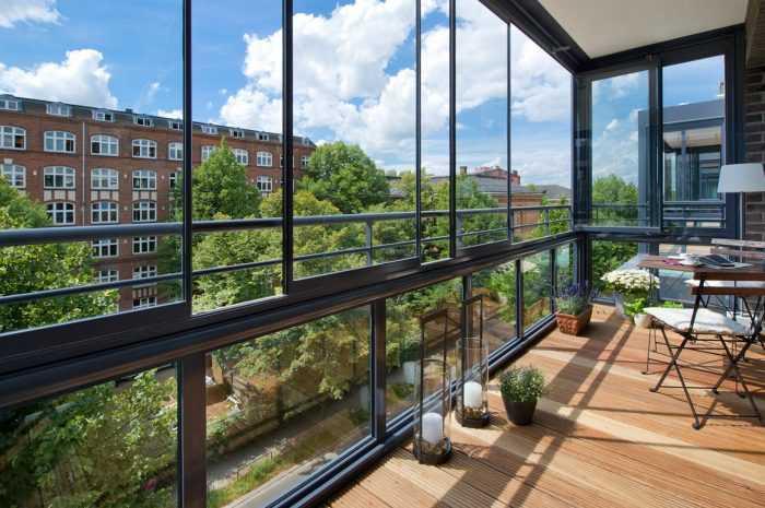 Панорамный балкон — варианты применения панорамного остекления на балконе (145 фото и видео)