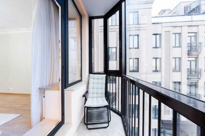 Современный балкон: ТОП-180 фото и видео дизайнов современных балконов. Разновидности балконов и их достоинства. Особенности совмещенных балконов. Типы остекления