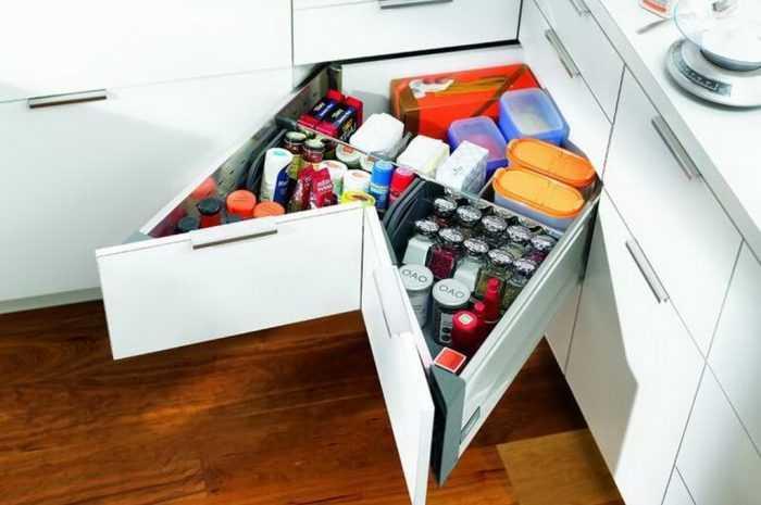 Выдвижные системы для кухни — 105 фото и видео использования актуальных современных выдвижных систем